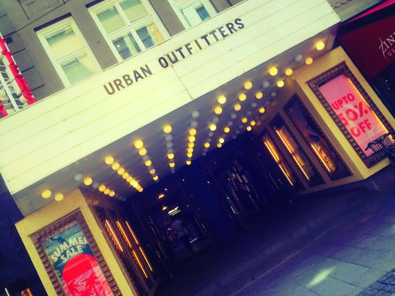 urban outfitters sweden