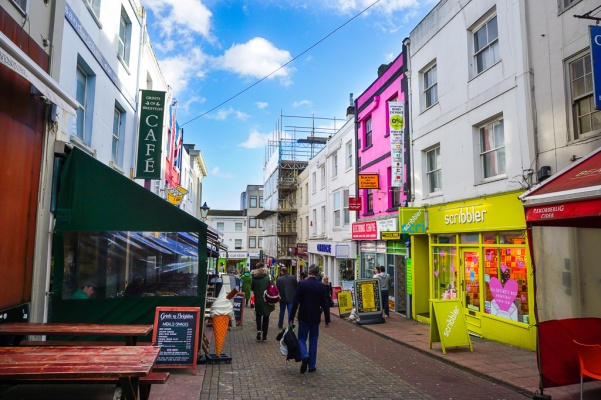 Brighton guide to colorful streets